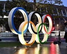 صحنه ای عجیب در المپیک؛ داور اشتباه گرفته شد!
