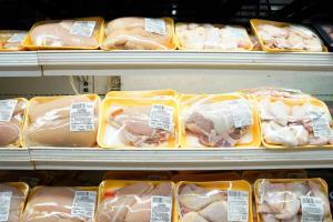 کاهش قیمت مرغ در خوزستان