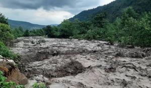 تخریب پل در استان مازندران بر اثر سیل