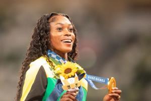 الاین تامپسون هراه از جامائیکا قهرمان دوی 200 متر زنان شد
