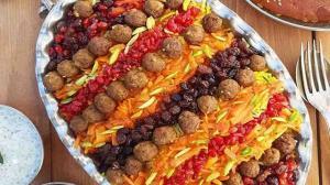 پیشنهاد خوشمزه برای ناهار امروز؛ هویج پلو با گوشت قورمه
