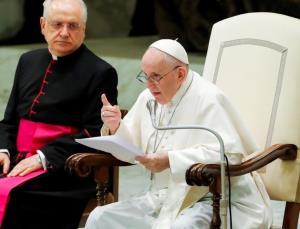 وعده پاپ برای سفر به لبنان