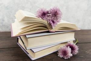 دو خط کتاب/ زندگی به من آموخت آدم ها نه دروغ می گویند، نه زیر حرفشان می زنند!
