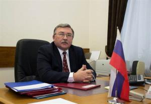 پاسخ توئیتری اولیانوف به غریب آبادی درباره نفت