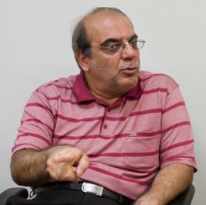 عبدی: به احتمال فراوان روحانی به نوستالژی مردم ایران تبدیل میشود