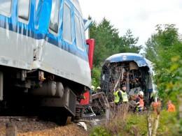 ۲ کشته و دهها زخمی در پی برخورد دو قطار در جمهوری چک