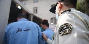 دستبند پلیس بر دستان دو شرور موتورسوار