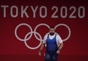 زمان بازگشت تیم ملی وزنهبرداری به تهران