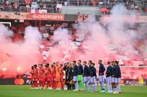 دیدار دوستانه/ بارسلونا شکست خورد