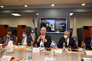 تصویر سردار حاجی زاده در اتاق جلسه وزارت خارجه اسراییل