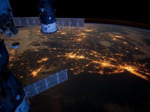ایجاد الگوریتمهایی برای نظارت بر تاثیر فعالیت انسان در زمین