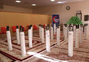 دعوت امامجمعه اصفهان برای کمک به بیماران کرونایی؛ ۱۱۰ کپسول اکسیژن خریداری شد