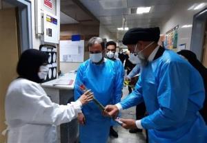 امامجمعه اهواز از کادر درمان بیمارستان رازی تقدیر کرد