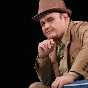 به مناسبت تولد هنرمند گران قدر سینما و تلویزیون ایران «اکبر عبدی»