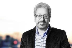 اجرای آهنگ «جوونی» با صدای قاسم افشار