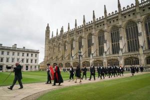 ترم بعدی دانشگاه کمبریج حضوری شد