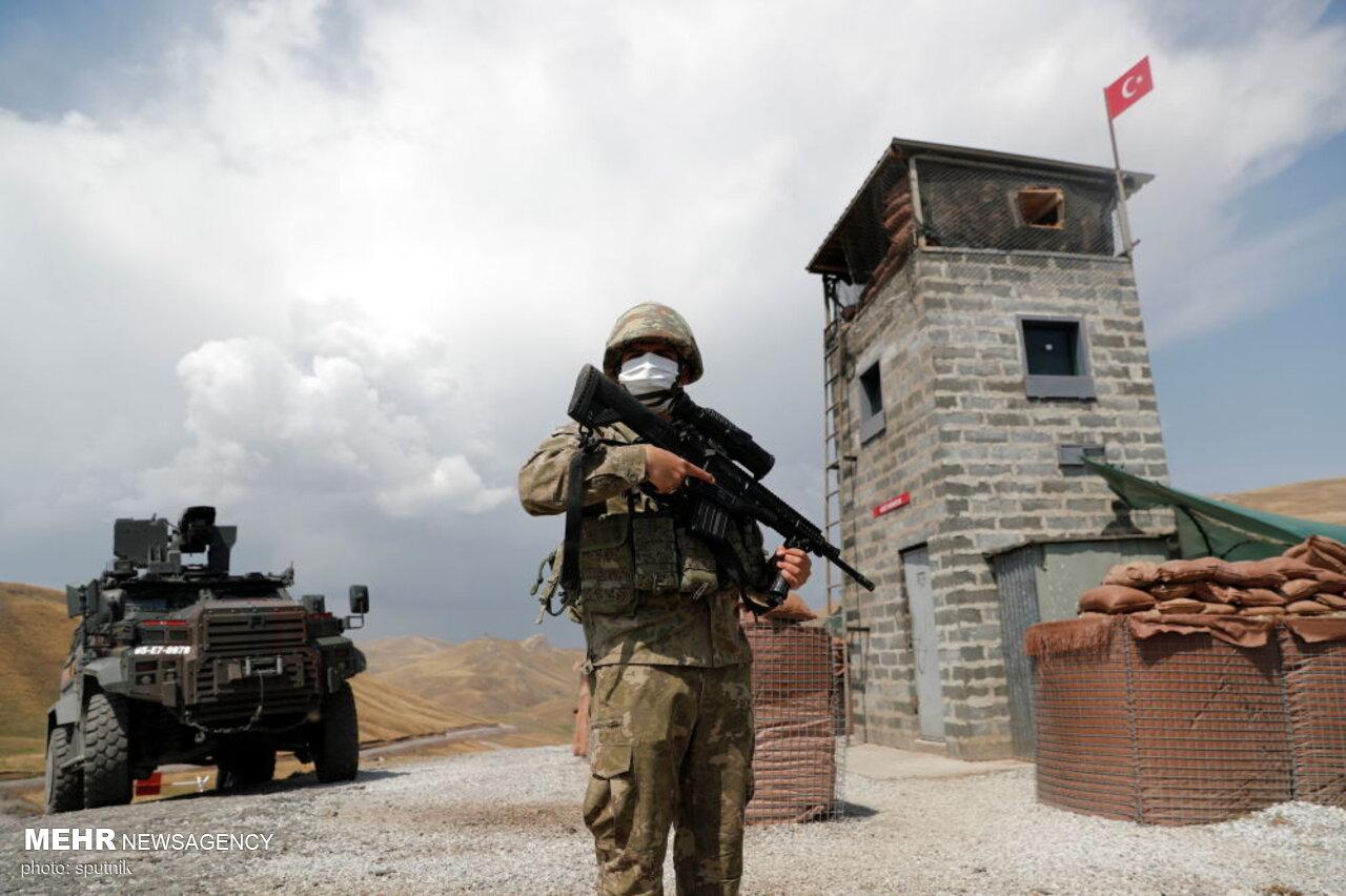 عکس/ جلوگیری ترکیه از ورود پناهندگان افغانستانی