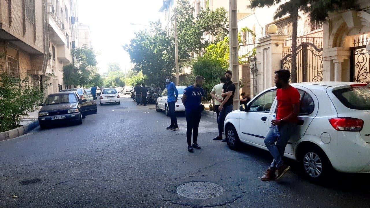 تجمع سرخابیها با حضور پلیس بهم خورد