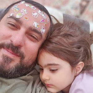 چهرهها/ محسن کیایی و شیطنت کودکانه دخترش