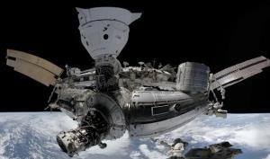 تجربه پیادهروی فضایی با کمک عینک واقعیت مجازی