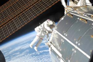 تحقق رویای پیادهروی در فضا با کمک عینک واقعیت مجازی