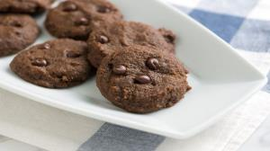 دستور تهیه «بیسکویت شکلاتی دارچین» دلپذیر