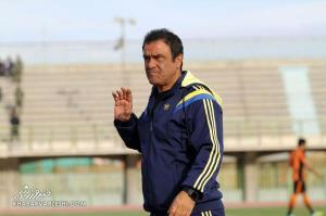 عراق در حد و اندازه فوتبال ایران نیست