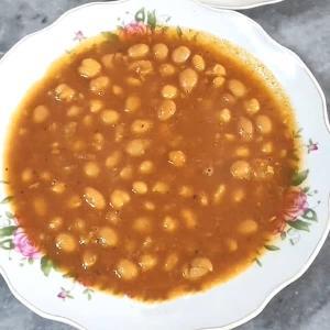 طرز تهیه خوراک لوبیا گرم به روش سنتی