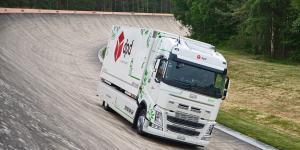 کامیون برقی در سوئیس به رکورد ۱۰۹۹ کیلومتر رانندگی با یک بار شارژ رسید