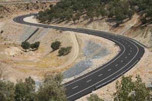 بهرهبرداری از بزرگراه دشت ارژن به تنگ ابوالحیات در آذر ماه