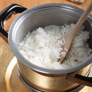 نکاتی برای وقتی برنج خمیر میشود