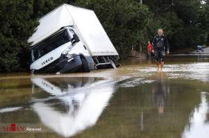 بارانهاي سيل آسا جنوب فرانسه را زير آب گرفت