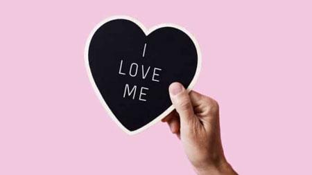 عاشق خود بودن یعنی چه؟
