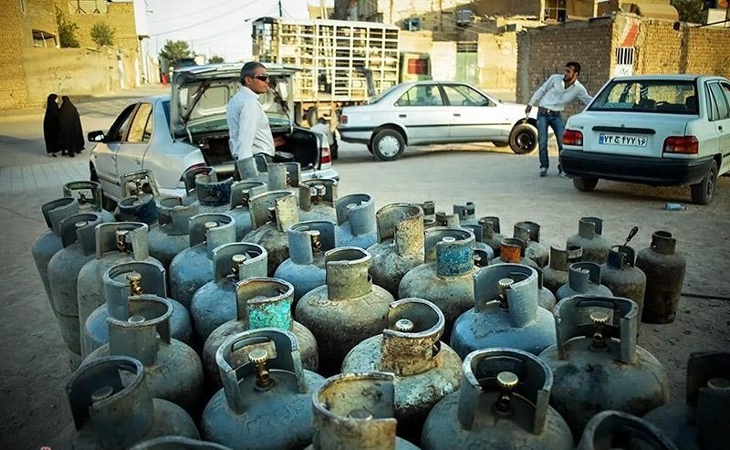 سیلندر گاز در بوشهر هم گران شد، هم نایاب