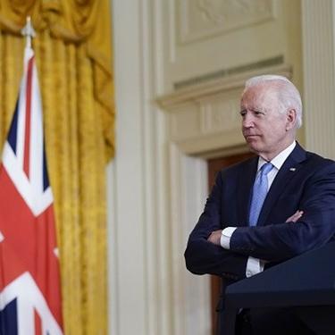 واکنش کاخ سفيد به انتقاد تند فرانسه از معاهده همکاري آمريکا، انگليس و استراليا