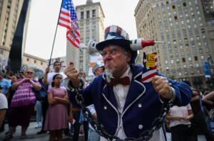 تصوير خاص از تظاهرات عليه واکسيناسيون سراسري در نيويورک