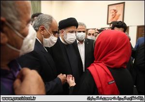 عکس/ ديدار ايرانيان مقيم تاجيکستان با رئيس جمهور