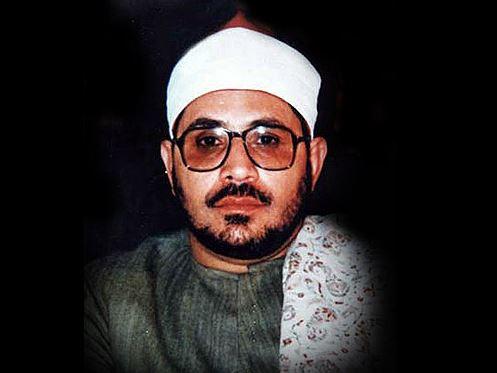 تلاوت زيباي آياتي از سوره احزاب با نواي استاد شحات محمد انور