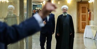 ادعايي درخصوص «استعفاهاي روحاني» و پاسخ رهبر انقلاب