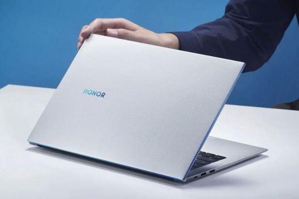 اولین لپتاپی که همراه با ویندوز 11 به بازار عرضه میشود