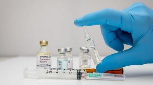 تزریق واکسن کرونا در مسجدسلیمان بدون محدودیت سنی