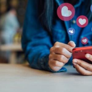 رسانههای اجتماعی چطور بر نوجوانان تأثیر مثبت میذارن؟