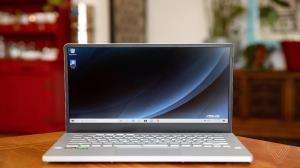 سامسونگ دیسپلی تولید انبوه صفحه نمایشگر لپتاپ را آغاز کرد