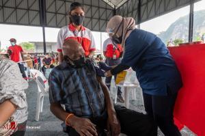 تصاويري از واکسيناسيون در مالزي