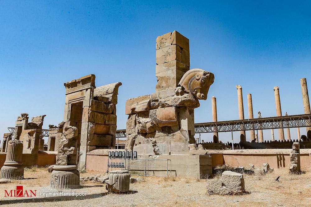 تخت جمشید؛ نمادی از شکوه و عظمت ایران