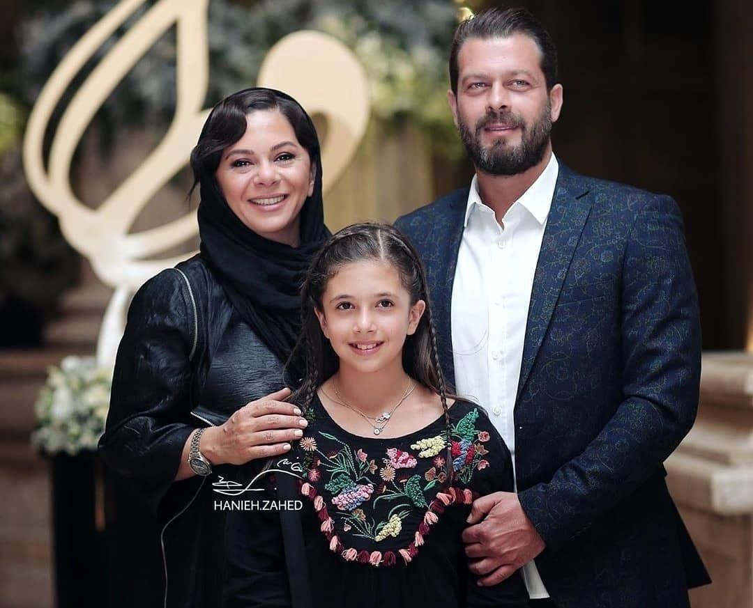 چهره ها/ عکسي تازه از همسر و دختر پژمان بازغي