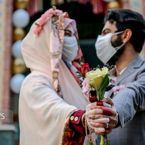 تبعات وابستگی زوجین به خانواده پس از ازدواج