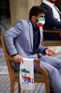 تصویری از حسن یزدانی در دیدار صبح امروز قهرمانان با رهبر معظم انقلاب