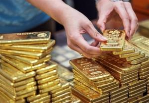 طلا گران شد