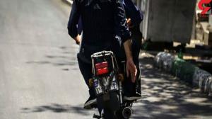 دستگیری ۲ موبایل قاپ در عباس آباد